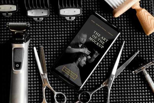 Arranjo com maquete de elemento de barbearia