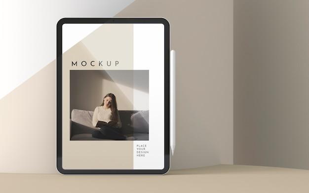 Arranjo com mock-up da tela do tablet