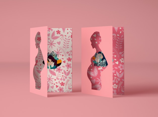 Arranjo criativo para o criador da cena do dia das mães com cartões