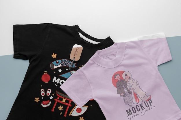 Arranjo de mock-up de camiseta japonesa com vista superior