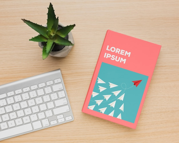 Arranjo de mock-up de capa de livro minimalista plana leiga