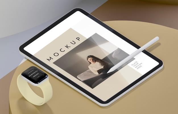 Arranjo de mock-up de dispositivos modernos