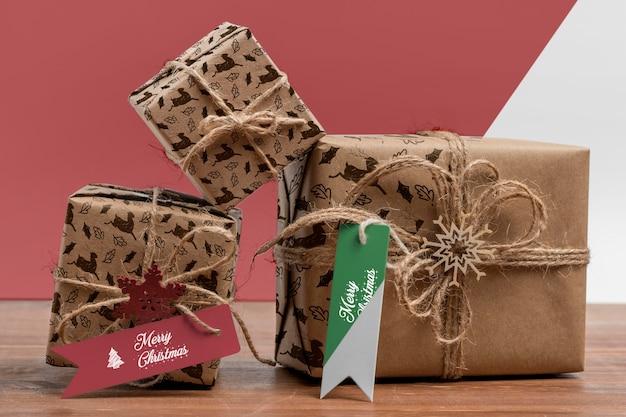 Arranjo de presentes de natal