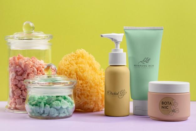 Arranjo de produtos cosméticos naturais