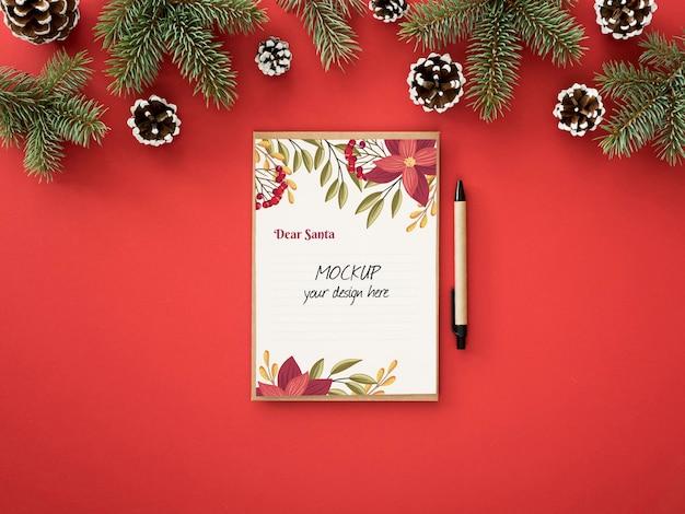 Arranjo de véspera de natal com cartão