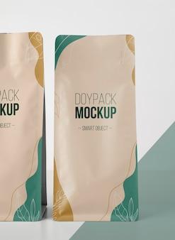 Arranjo minimalista do mock-up doypack