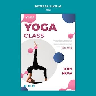 Aula de ioga de design de folheto