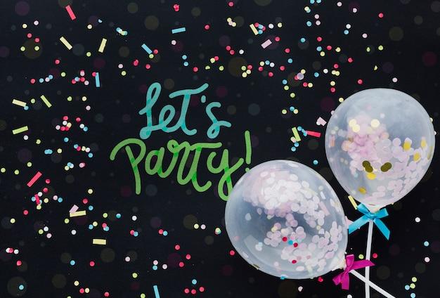 Balões de aniversário colorido com letras
