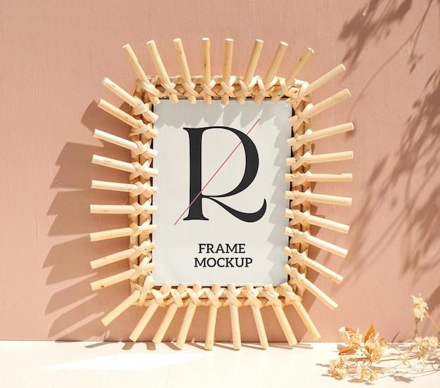 Bamboo frame maquete