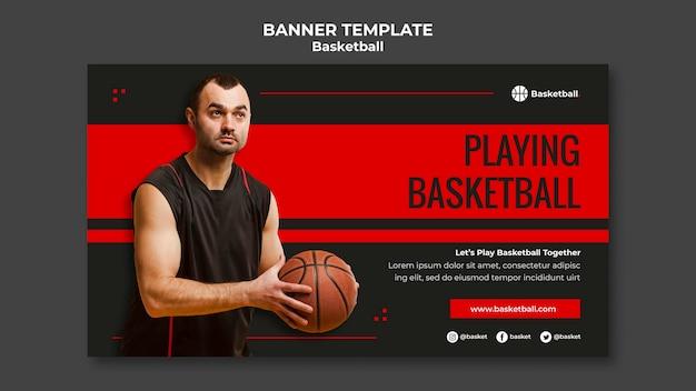 Banner horizontal para jogo de basquete com jogador masculino