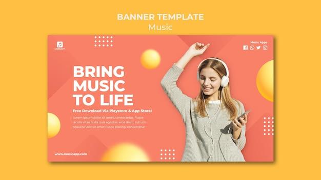 Banner horizontal para streaming de música online com mulher usando fones de ouvido