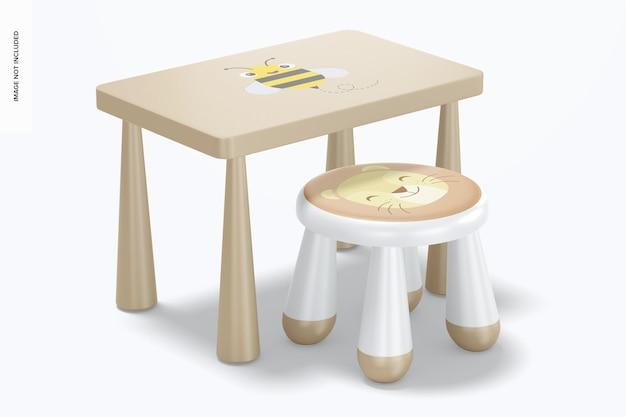 Banquinho infantil de plástico com maquete de mesa