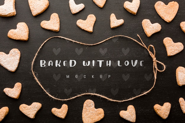 Biscoitos em forma de coração acima vista
