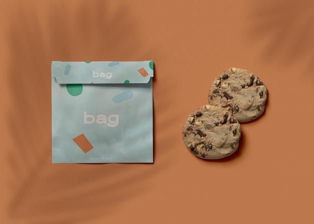 Bolsa e maquete de biscoito