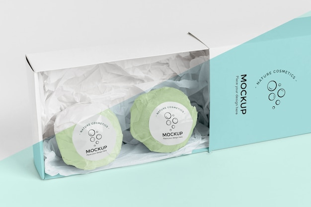 Bombas de banho verdes em caixa