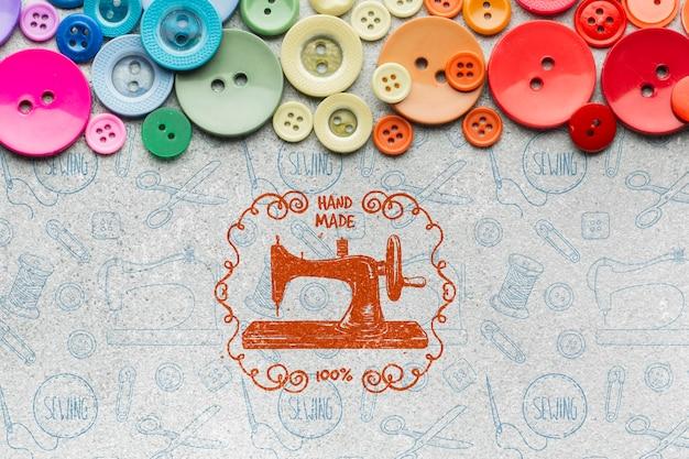 Botões coloridos com maquete