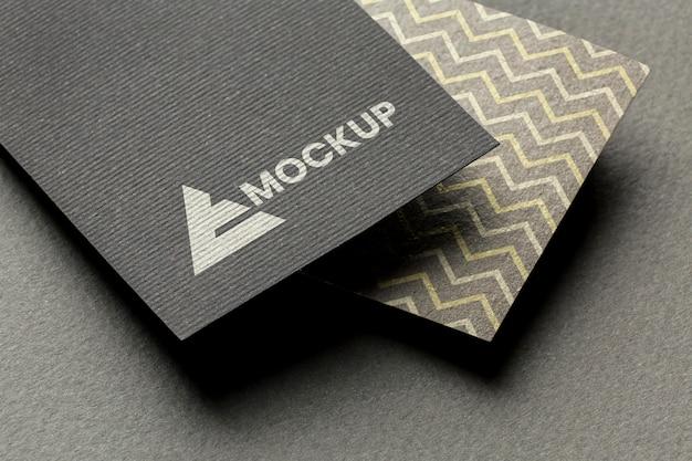 Branding da empresa na maquete do cartão