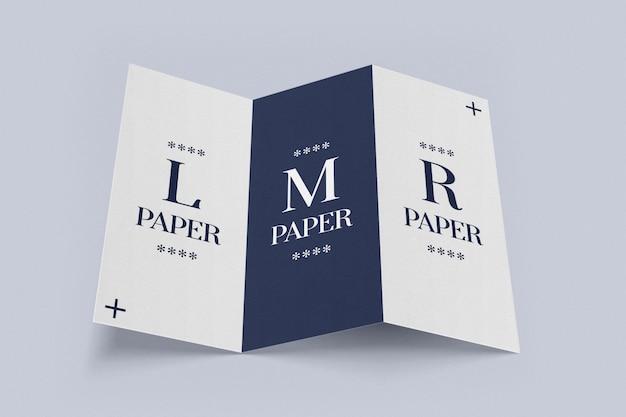 Brochura com três dobras abriu maquete