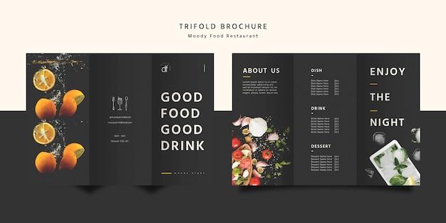 Brochura com três dobras de comida de restaurante