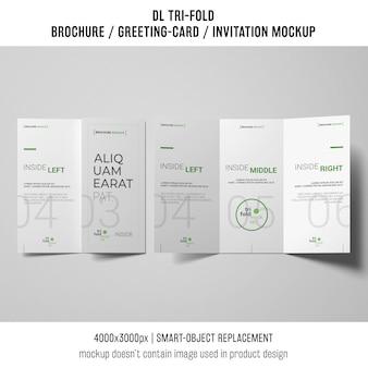 Brochura com três dobras ou maquete do convite