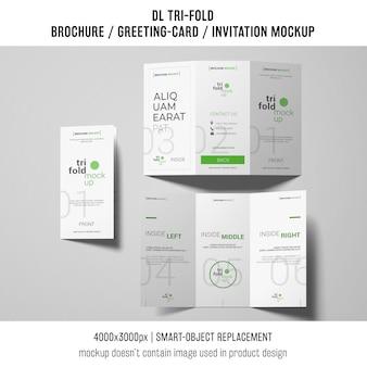 Brochura com três dobras ou modelos de convite