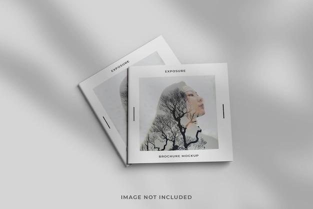 Brochura quadrada de close-up minimalista ou maquete de revista