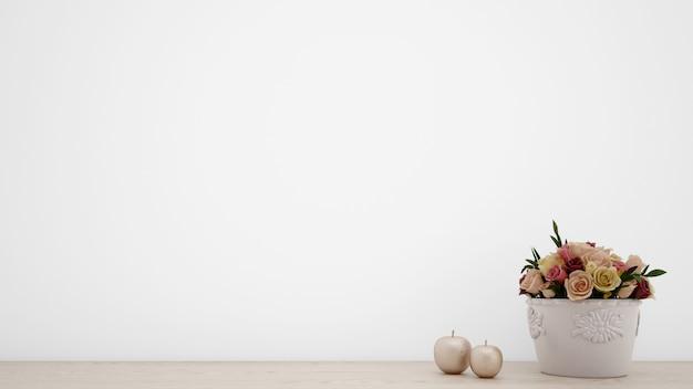 Buquê de rosas artificiais em vaso branco, parede em branco com copyspace