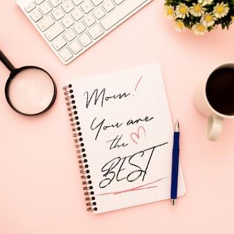 Caderno de maquete de dia das mães com flores