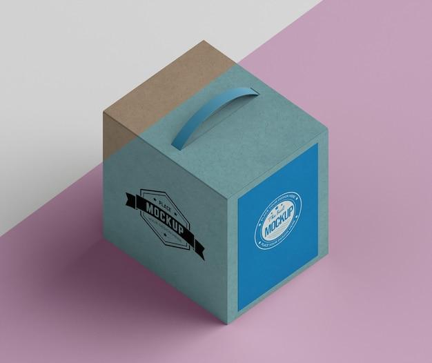 Caixa de papelão de desenho isométrico
