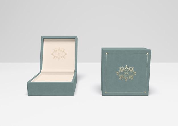 Caixa de presente azul aberta e fechada com capa