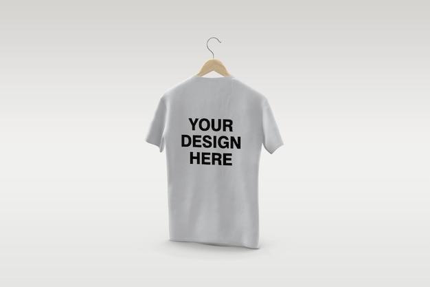 Camiseta branca com desenho de maquete de cabide isolado isolado
