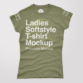 Camiseta feminina macia maquete