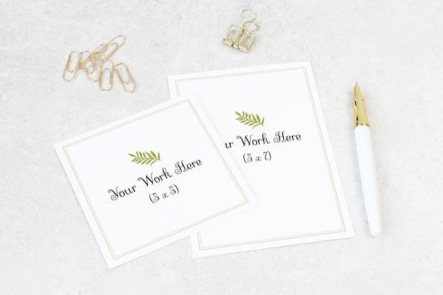 Cartão de casamento de maquete com cartão de agradecimento