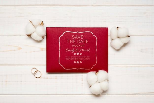 Cartão de convite de casamento com algodão
