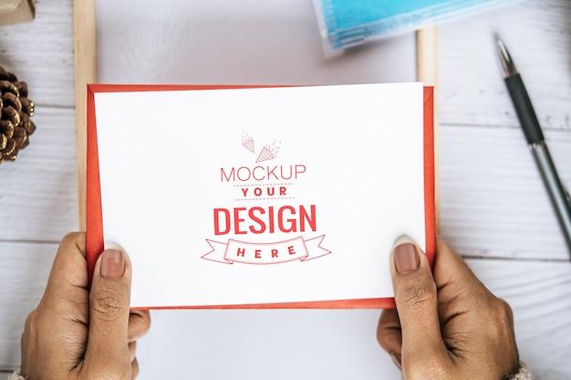 Cartão de felicitações de papel