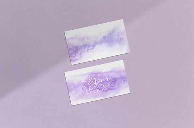 Cartão de visita 3.5x2 polegadas mockup no fundo rosa