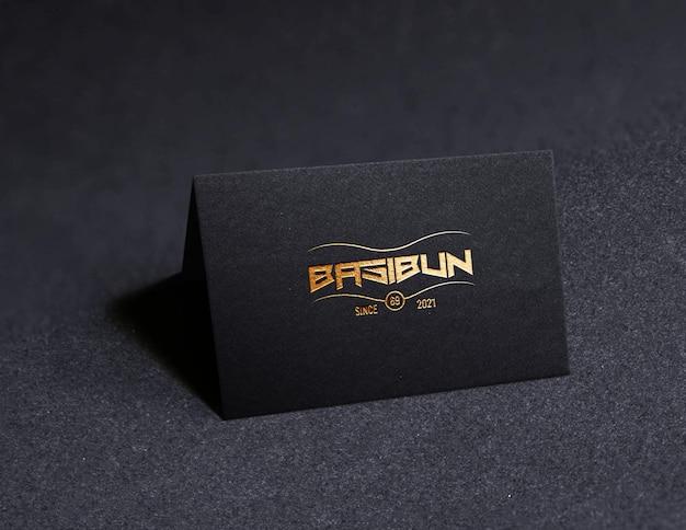 Cartão de visita de luxo realista de maquete