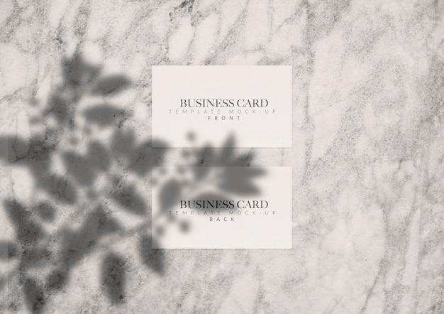 Cartão de visita mock-up wit shadow