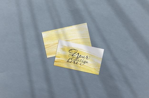 Cartão de visita mockup. sombras de iluminação de sobreposição natural