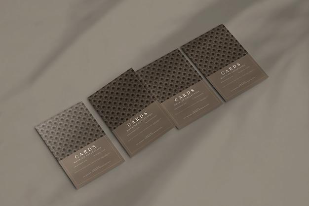 Cartão postal ou modelo de cartão de convite com cantos planos