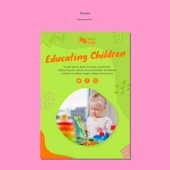 Cartaz a4 do jardim de infância com foto