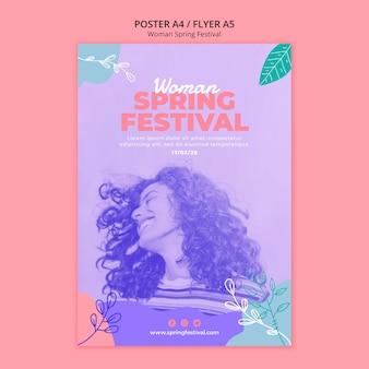 Cartaz com tema festival de primavera de mulher
