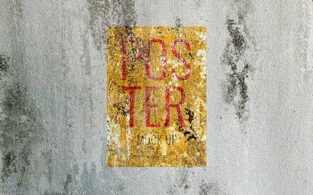 Cartaz de impressão grunge na parede de cimento