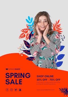 Cartaz de venda de primavera de mulher sorridente