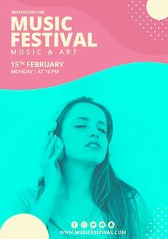 Cartaz festival de música com formas abstratas