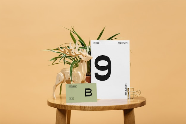 Cartões na maquete da tabela