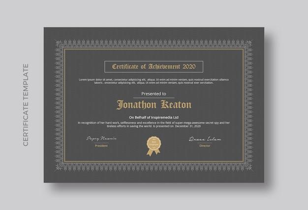 Certificado minimalista de design de modelo de realização Psd Premium