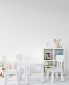 Childroom com brinquedos e prateleiras