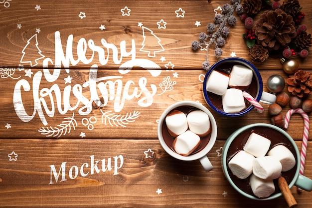Chocolates quentes de natal com espaço de cópia