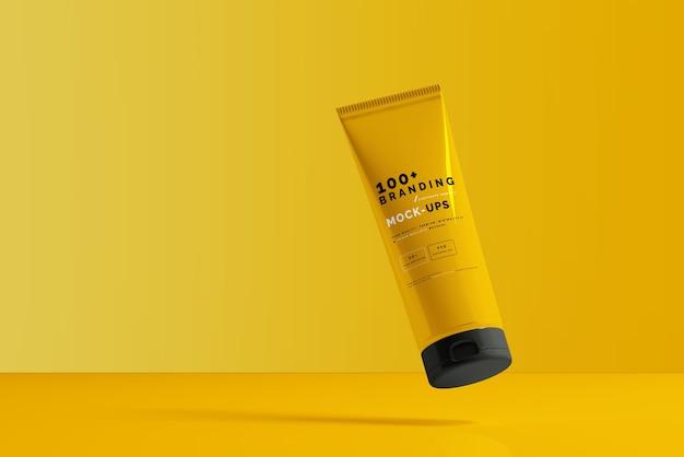Close-up na embalagem do cosmético tubo maquete